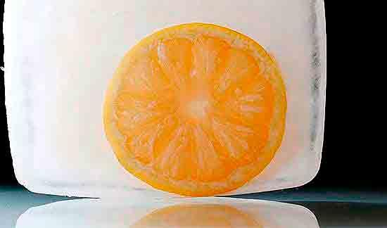 Замороженный лимон.