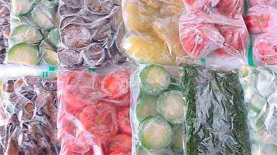 Хранение замороженных продуктов в вакуумных упаковках.