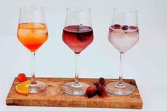Вино в ледяных кубиках.