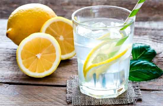 Teplaya_voda_s_limonom